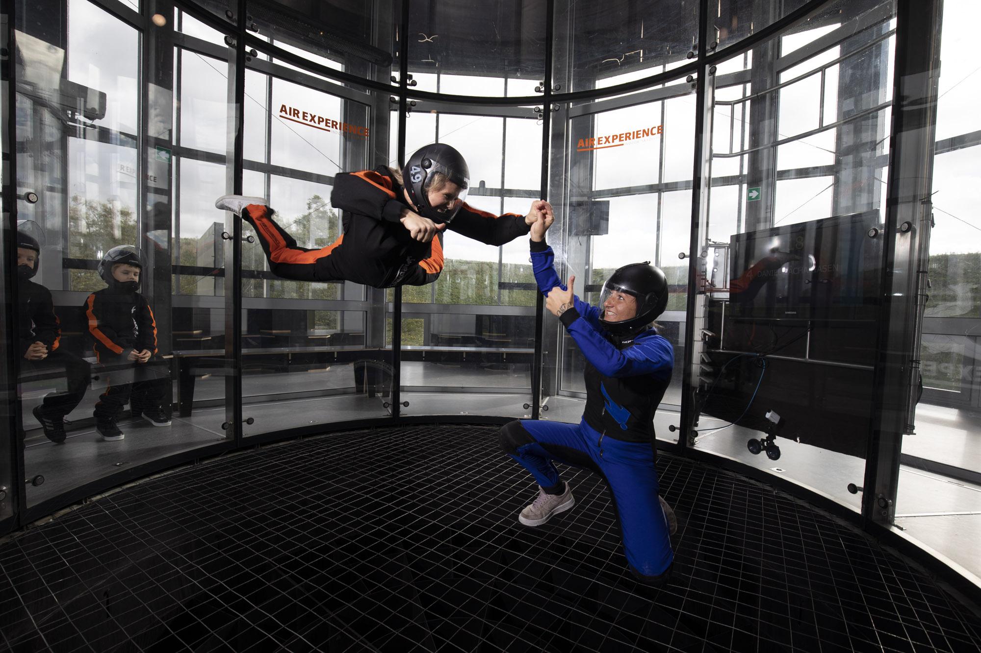 Oplevelsen Indoor Skydiving sådan foregår det