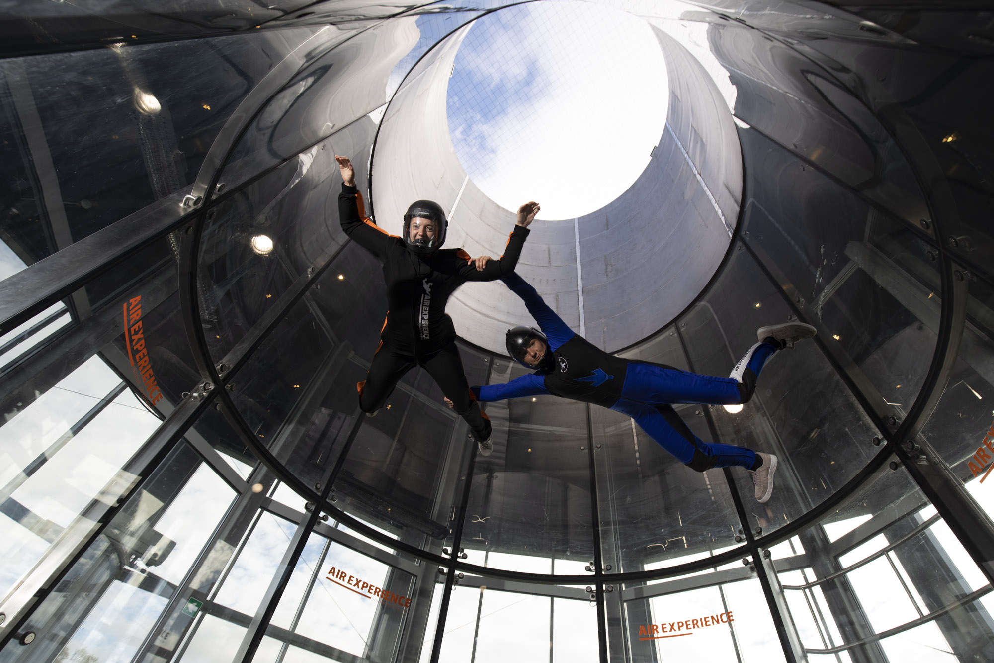 On Indoor Skydiving drømmen om at flyve