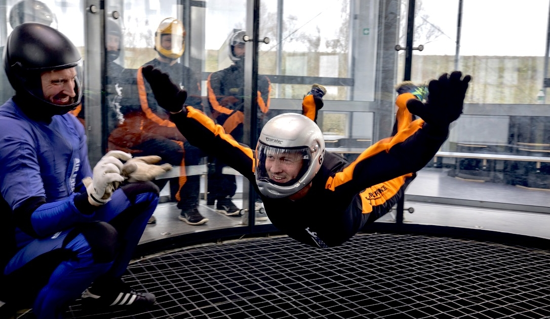 Book dit indoor skydive CAE