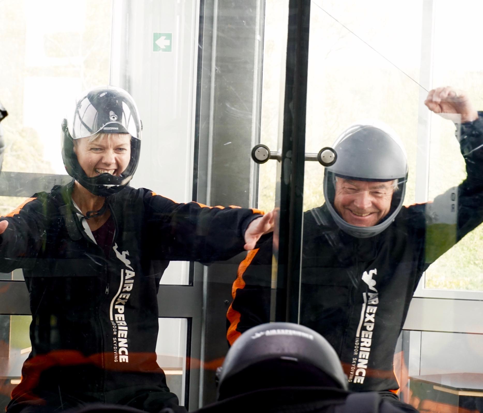 oplevelsesrigt firmaevent - flyv indoor skydiving og mærk adrenalinen